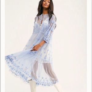 Free people written in the Star maxi xs